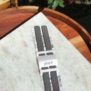 PLAE🦡🦡SET OF 4 tabs Brand New in packaging